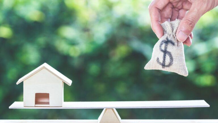 Las 8 mejores formas de ganar dinero desde casa en España